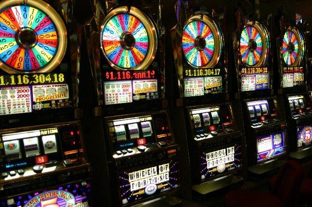Принципы выбора прибыльного казино на рубли