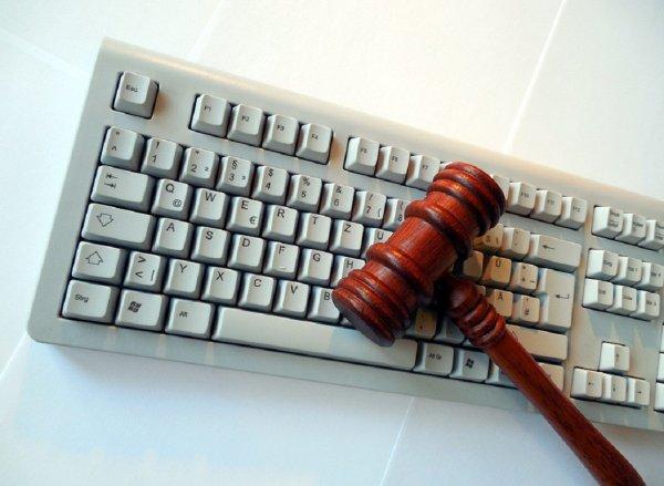 Платежный сервис QIWI подвергся хакерской атаке