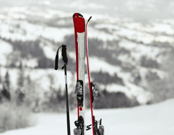Аренда лыжного снаряжения в Сочи, Адлере, Красной Поляне